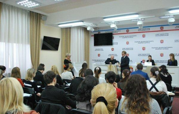 Мнение журналистов решили учесть при оценивании пресс-служб госорганов Крым ...