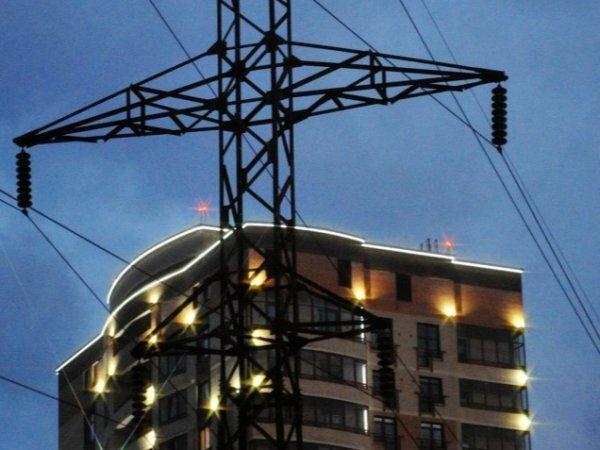 В Крыму с 19:00 мск начались веерные отключения электроэнергии