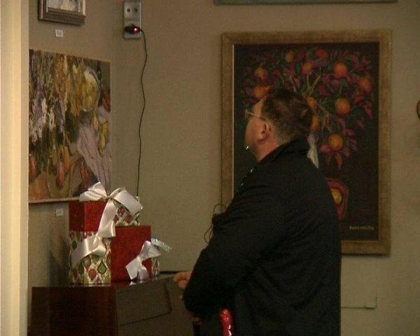 В Севастополе открылась художественная выставка «Новогодний подарок»