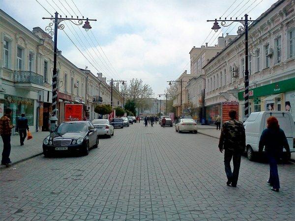 За центральными улицами Симферополя закрепили статус пешеходной зоны