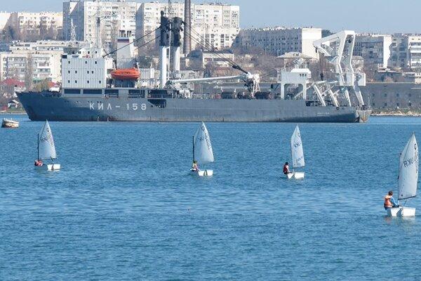 На регату в Севастополь прибудут сто спортсменов