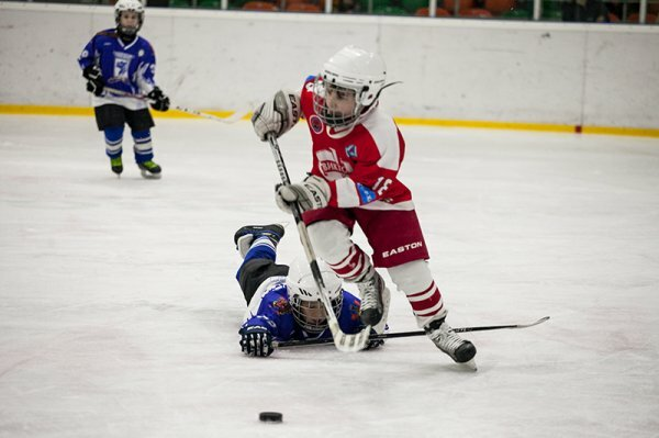 На хоккейный турнир в Симферополе собрались команды шести городов