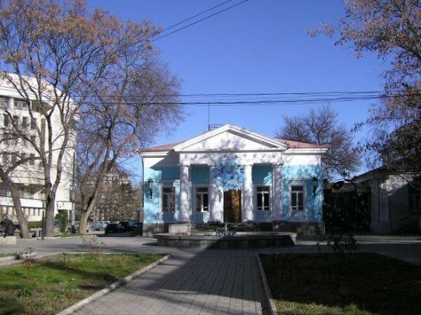 В Симферополе снесут здание Крымского театра кукол
